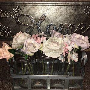 Gorgeous Jar Set includes Flowers